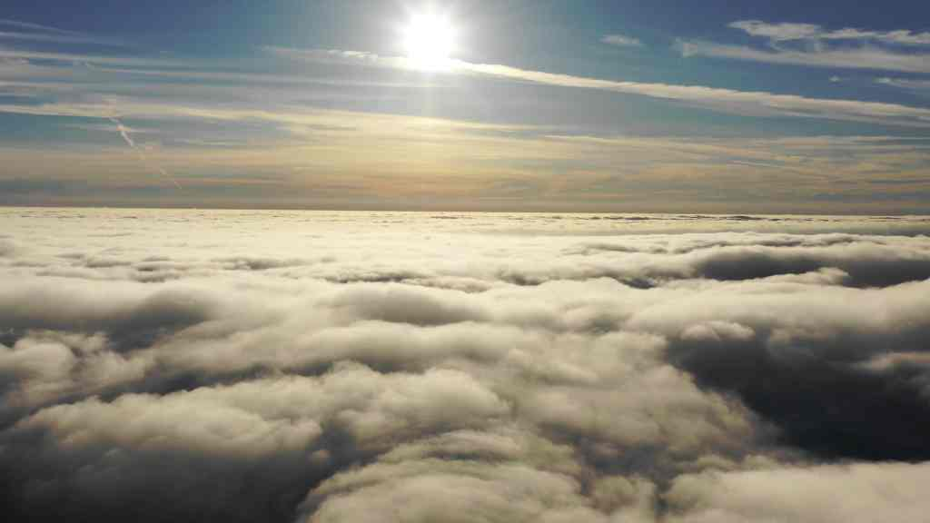 自然风景视频素材 高清实拍翻滚的云朵视频素材下载